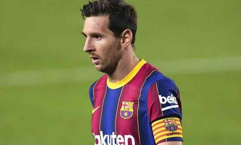 Ex-Barcelona Coach Says Talking About Lionel Messi Doesn't Make Sense